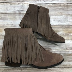 Steve Madden Rancho 8M Gray Suede Fringed Boots